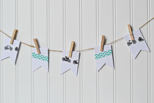 summer bucket list clothesline