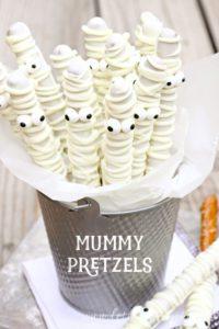 mummy-pretzelswb