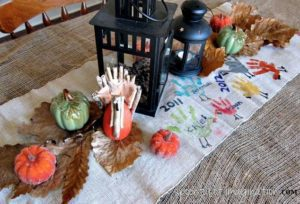 diy-thanksgiving-table-runner-crafts-seasonal-holiday-decor-thanksgiving-decorations-1