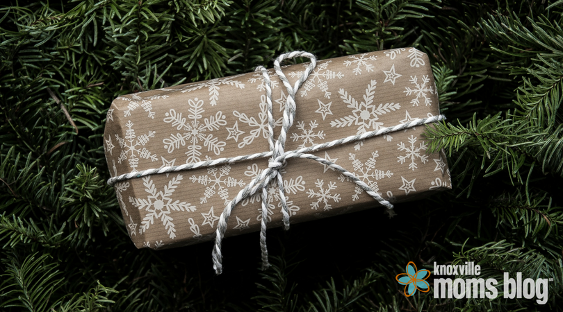 10 Gift Giving Tips   Knoxville Moms Blog
