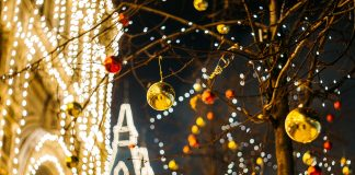 Where to See Christmas Lights in Knoxville