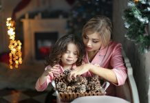 10 Easy Ways To Be Present This Christmas