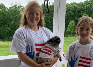 Kids' Crafts: Hand-print Flag T-Shirts!