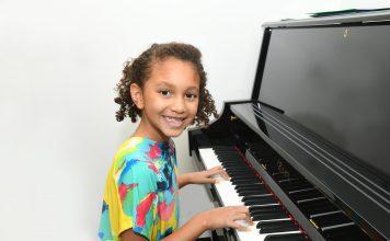 Angela Floyd School Music Classes