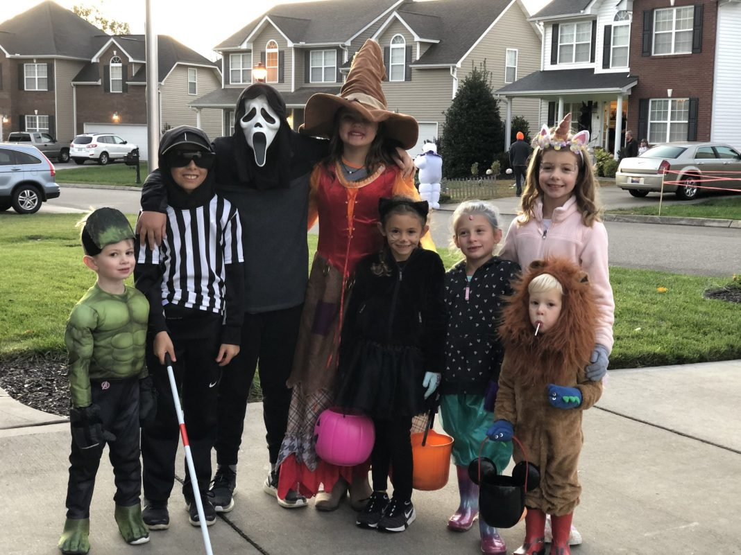 10 Quick and Easy Halloween Costumes